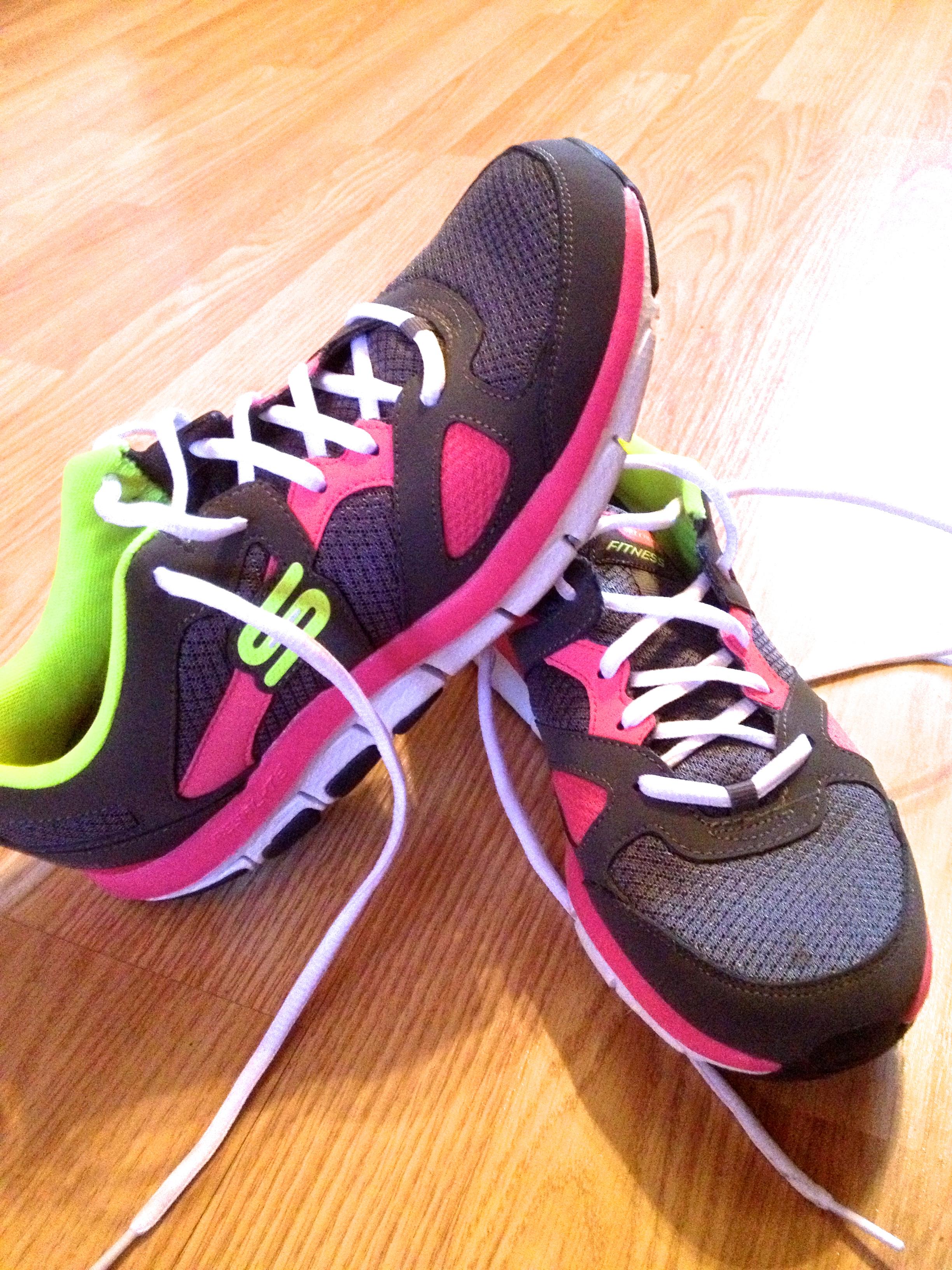 e424d0d1dc2 tennis shoes